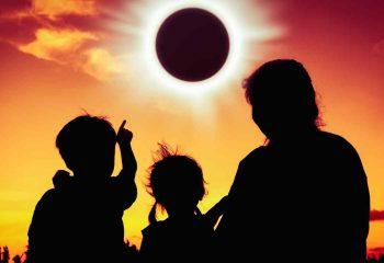 observando-eclipse-solar